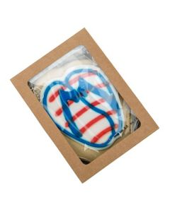 Small packaged cookie in paper box